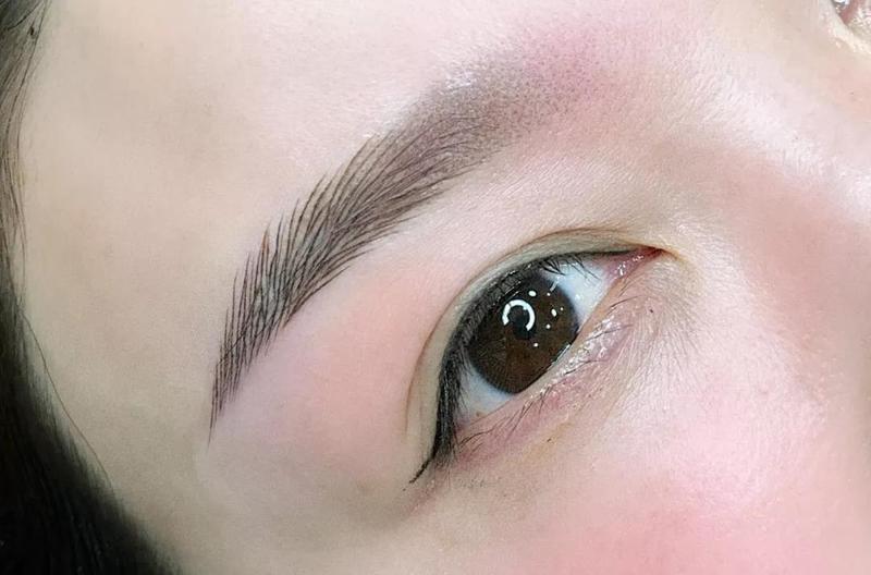 怎么做好线条眉?,线条眉画法排列,线条眉后期成一坨怎么办